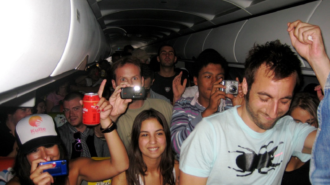 Travelers Share The Times Rude Passengers Got Taught A Lesson