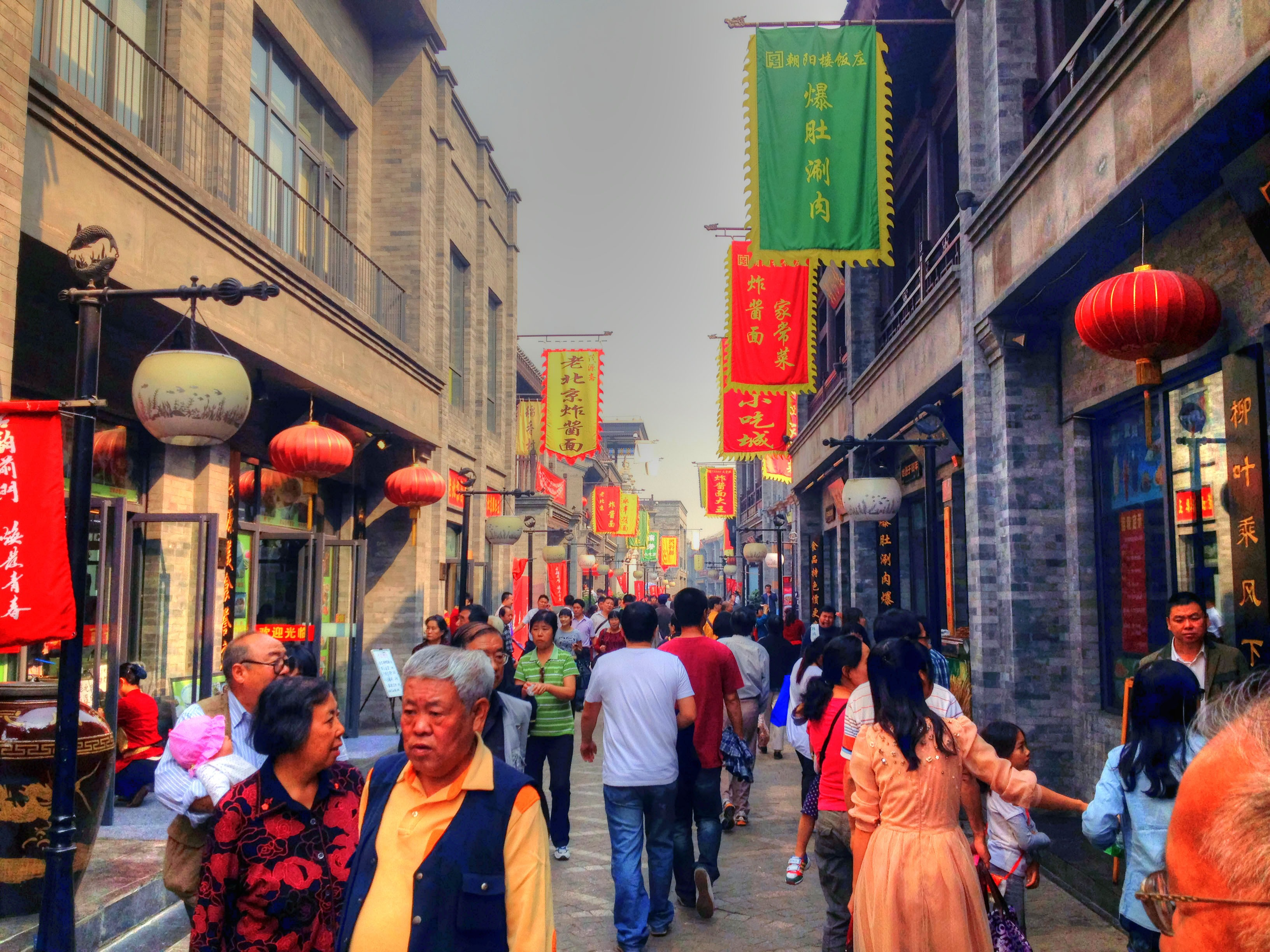 Tourists Share Their Most Interesting Cultural Observations Abroad