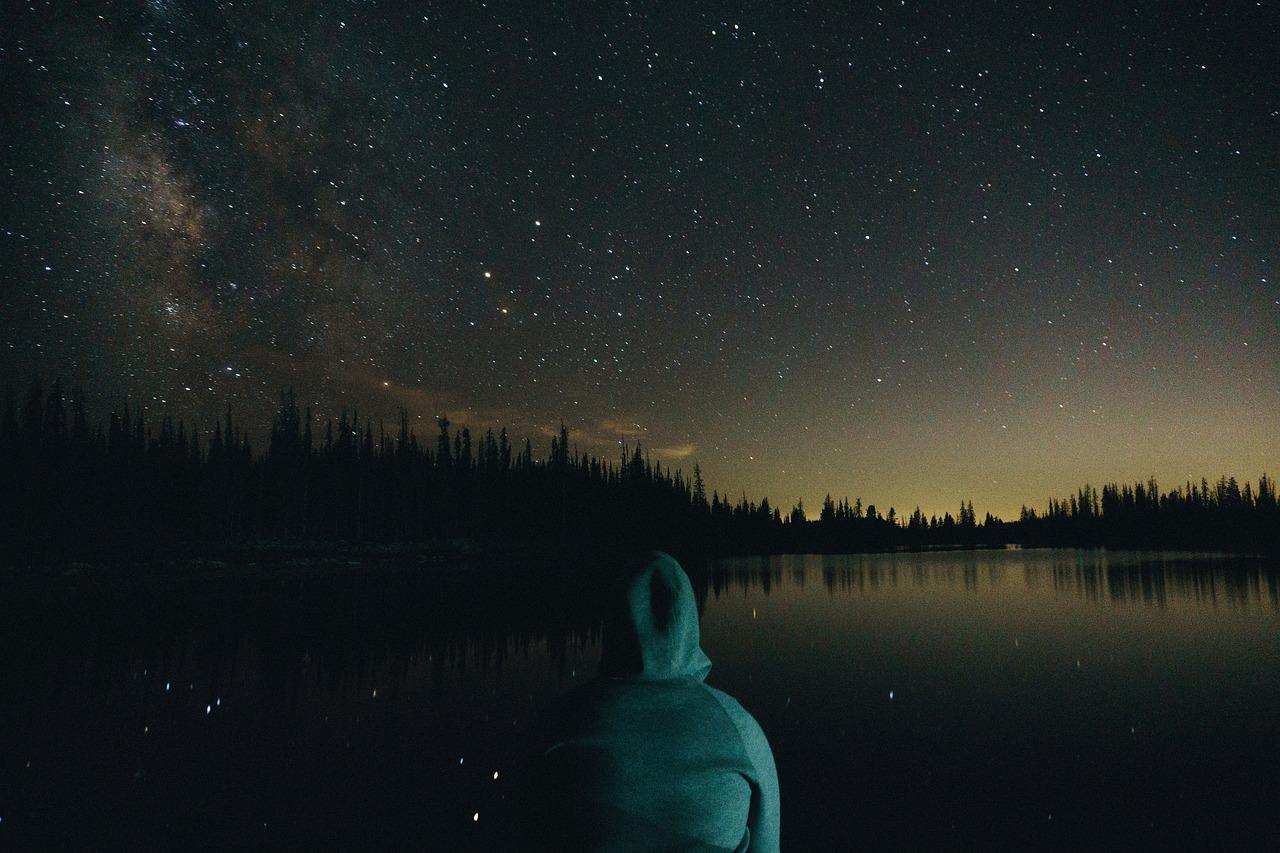 Wilderness Experts Share Their Weirdest Experience With Another Human Being