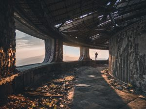 Abandoned Building Explorers From Around The World Share What They Found