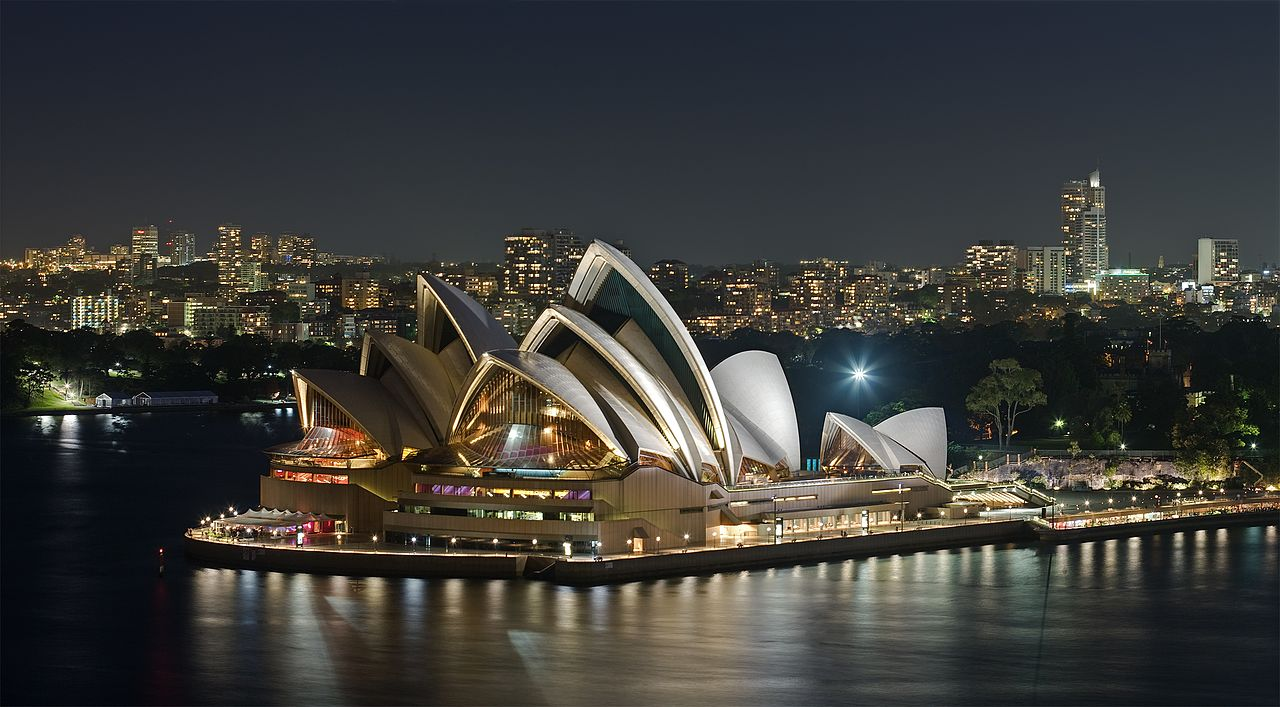 Australians Share The Do's and Don'ts When Visiting The Land Down Under