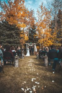 People From Around The World Share Their Crazy Wedding Stories