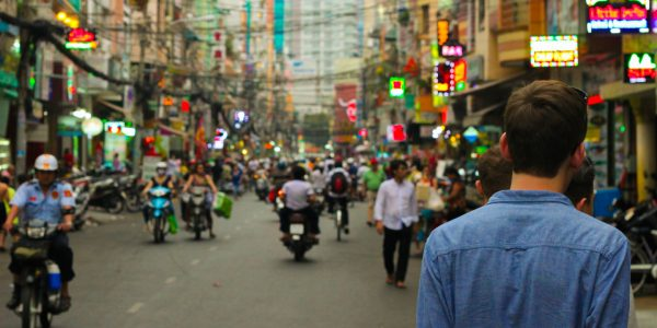 World Travelers Share The Things That Shocked Them Most About Other Countries