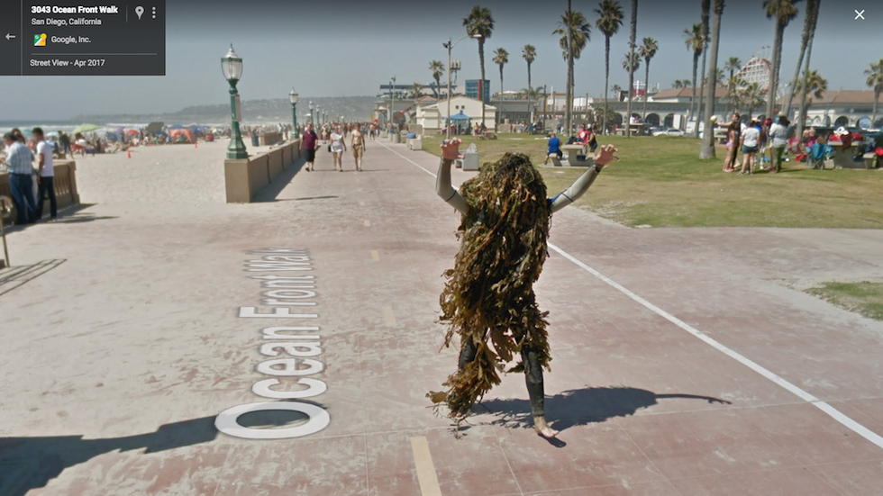 People From Around The World Share The Weirdest Google Street Views