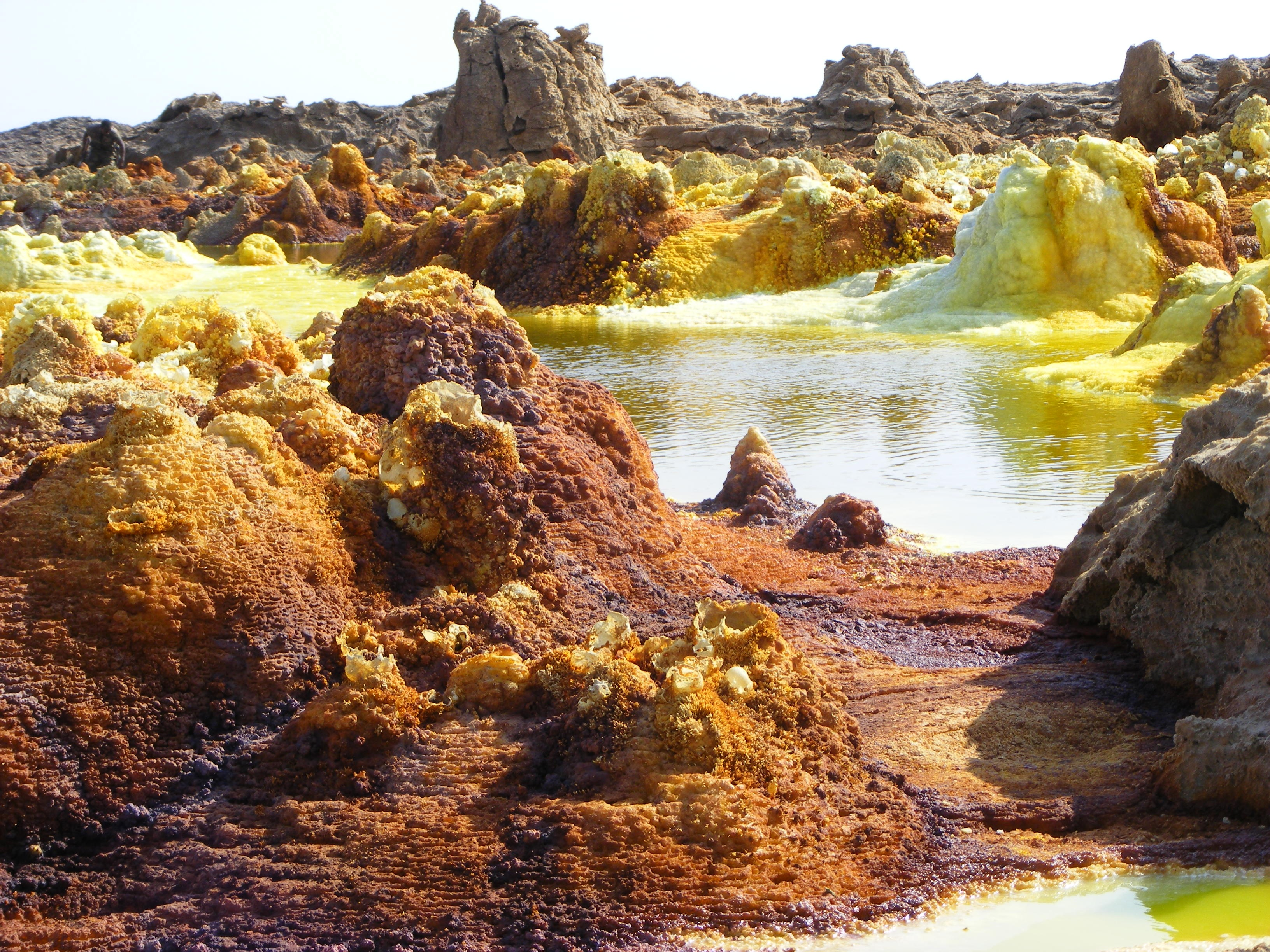 35 Amazing And Mysterious Natural Wonders