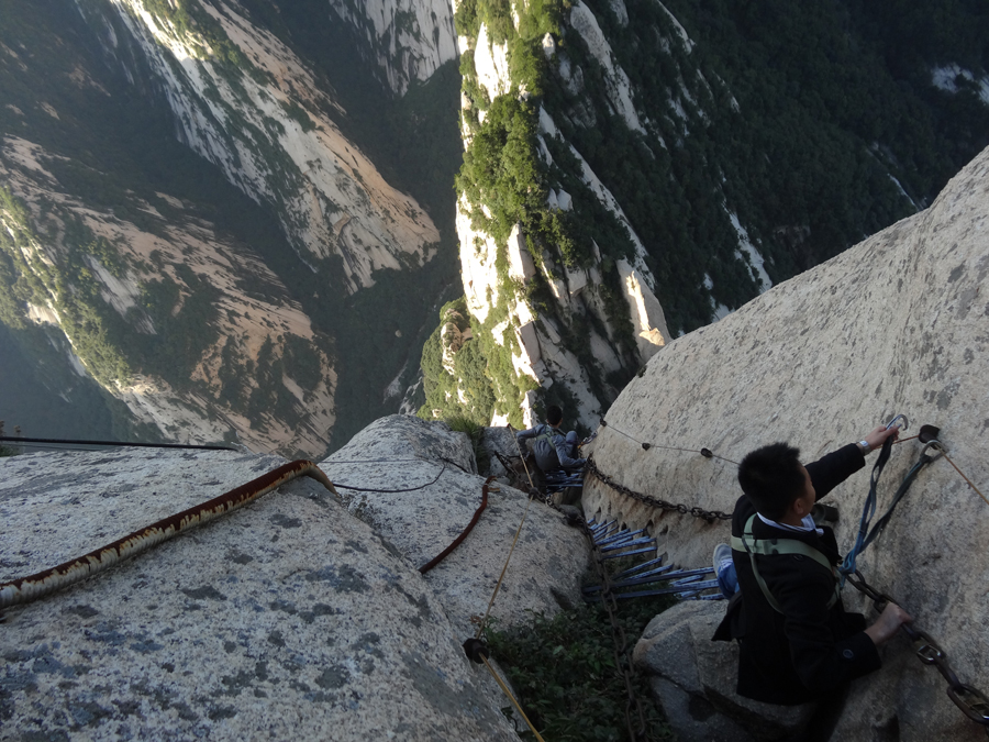 climbing mount hua china danger hike
