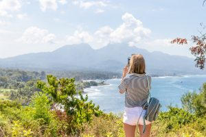 Golightly: A New App For Women Traveling Alone